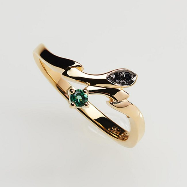 Statue and ring style - Ash Lynx (gold ring ~Only one rose~) Japanese size 13.