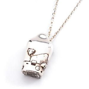 BB Pod Silver Necklace